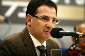 Ex-prefeito Vanderlan Cardoso: fogo amigo na oposição