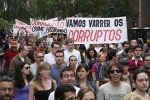 Manifestantes prometem barulho no ato de segunda-feira, no Paço