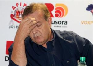 """""""Se Paulo Garcia abandonar Goiânia no início de 2014, terá cumprido uma ínfima parcela de seu rosário de promessas. Vai ser surrado tão impiedosamente que o PMDB ficará rindo durante três anos"""""""