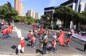protesto cut 5