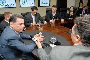 """Governador Marconi Perillo, entrevista para Rádio Sucesso, e Portal""""Mais Goiás"""", Portal """"A Redação' e Portal """" Diário de Goiás"""". Foto: Wagnas Cabral Data: 16.08.2016"""